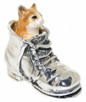 11840 Cat in boot orange
