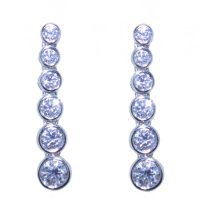 N408.2 Diamond drop earrings